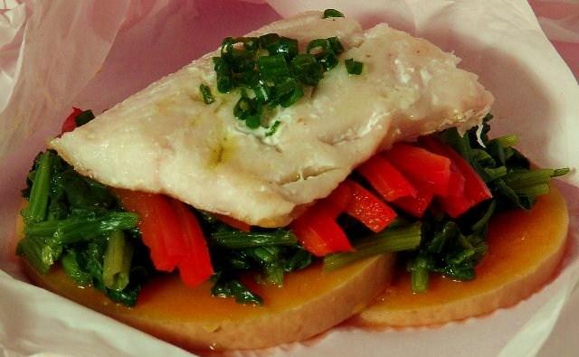 Recetas light pescado al papillot cocina decocasa - Cocinar pescado en microondas ...